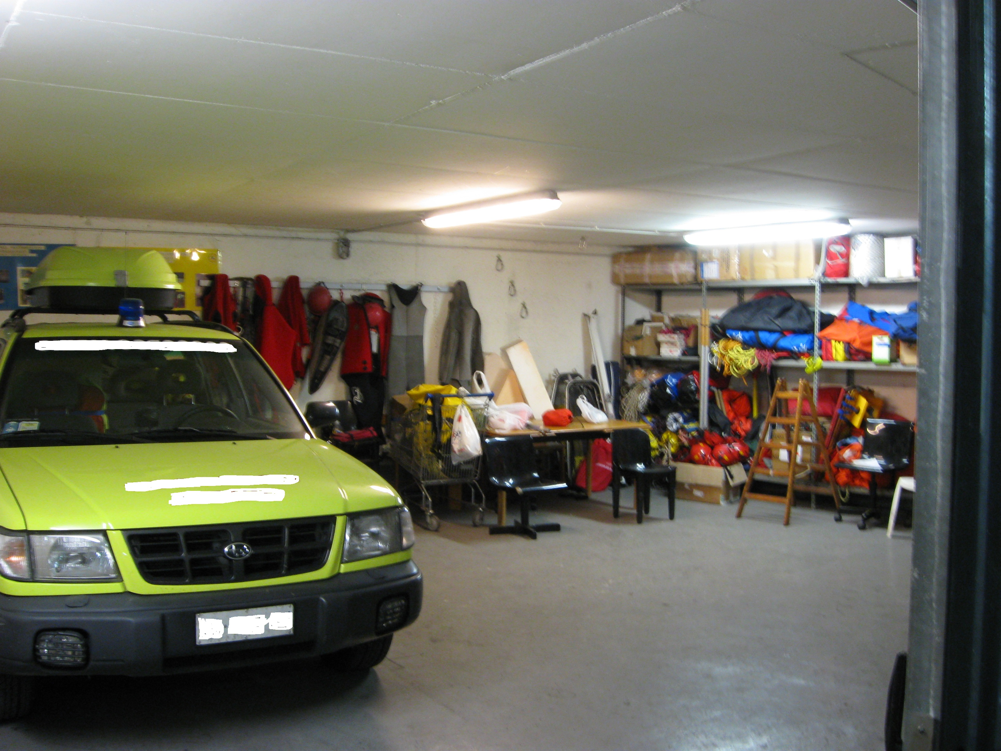 garage box auto a sanremo 0 rif x26. Black Bedroom Furniture Sets. Home Design Ideas